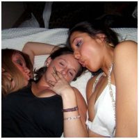 Trio de lesbiennes pour une baise torride